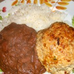 Chipotle Burgers with refried beans ©Diane Eblin